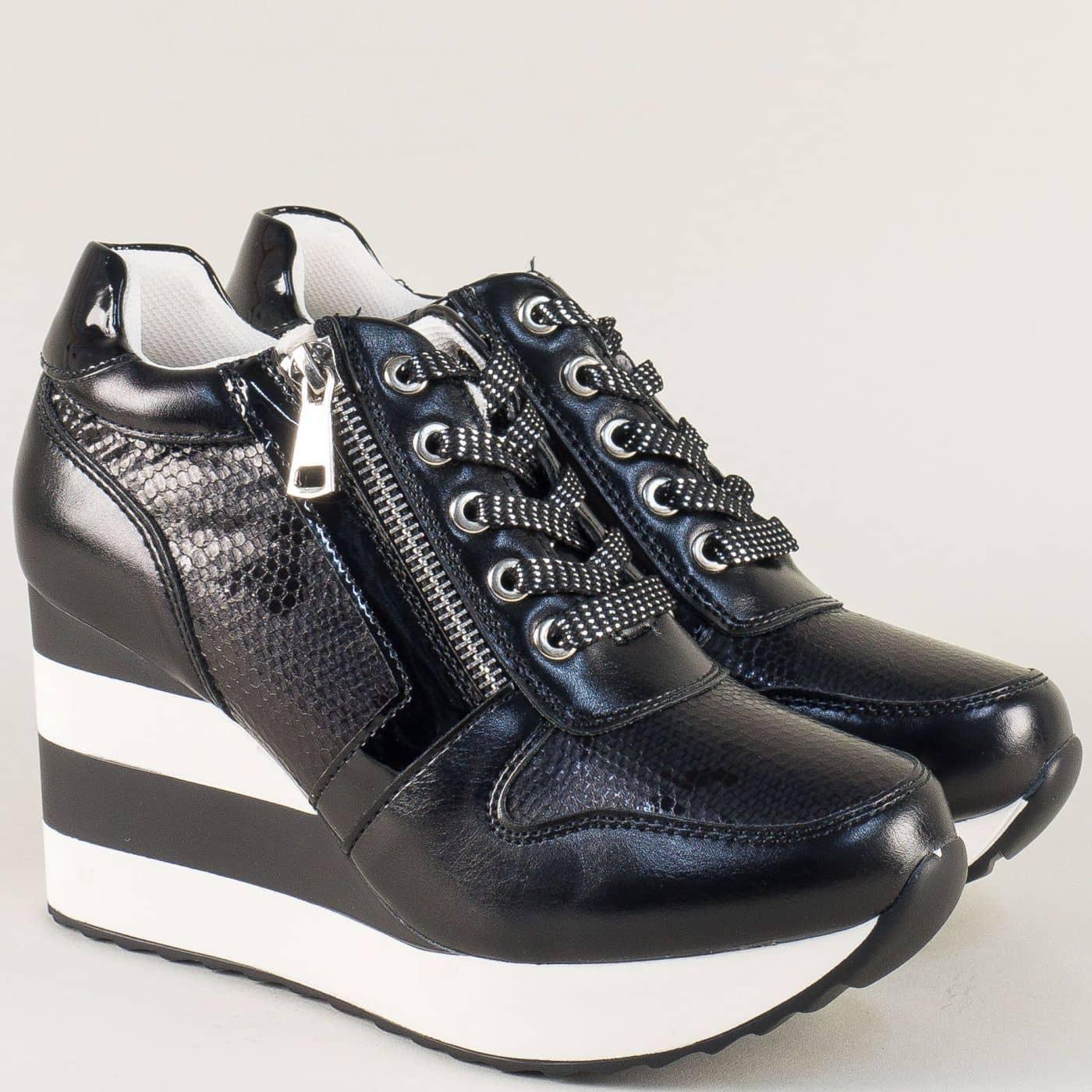 6d12e603489 Дамски маратонки с връзки на платформа в черен цвят a6057ch - Sisi-bg.com
