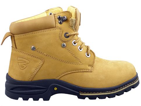 3ab126b20dc Мъжки зимни боти с комфортно грайферно ходило в жълт цвят, произведени за  марката Bulldozer v2019-45k
