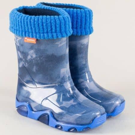 Детски ботуши в син цвят с топъл хастар и равно ходило 0032-30s