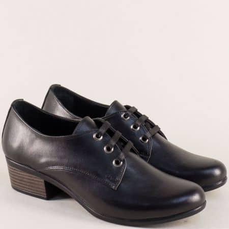 Кожени дамски обувки с връзки на нисък ток в черен цвят 006510ch
