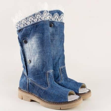 Дамски летни боти в син цвят с кожена стелка и копчета 010418ds