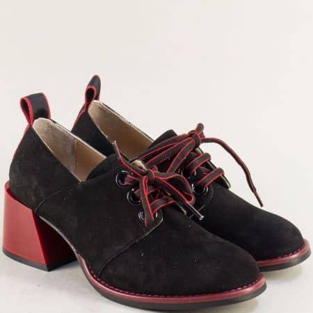 Черни дамски обувки от естествен набук на среден червен ток 010784nch