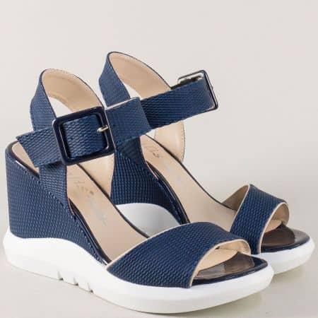 Дамски сандали на платформа в син цвят 01183s