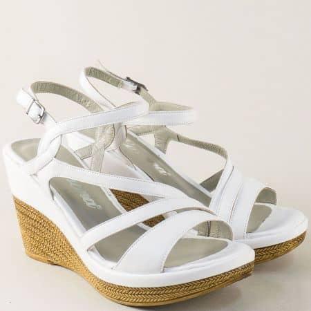 Бели дамски сандали на платформа от естестевна кожа 0120b
