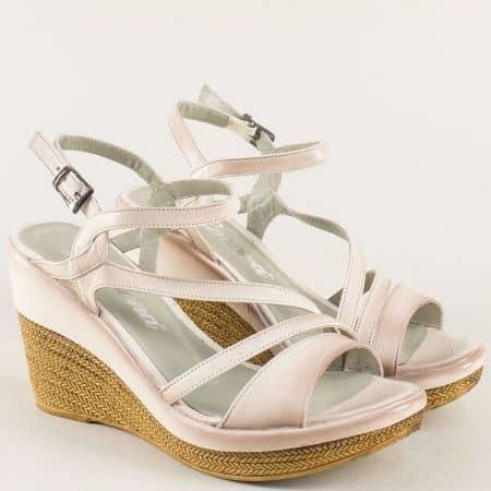 Бежови дамски сандали на платформа с кожена стелка 0120bj