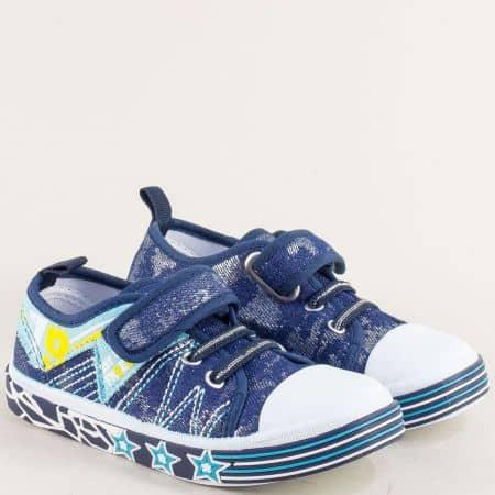 Детски кецове в син цвят на равно ходило с ластик и лепка 012100s