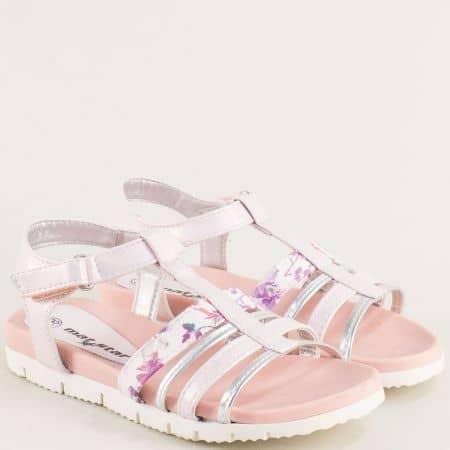 Детски сандали с лепка в бяло и розово- MAT STAR 015432ps