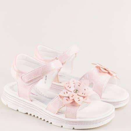 Розови детски сандали с две лепки и флорална декорация- MAT STAR 018235rz