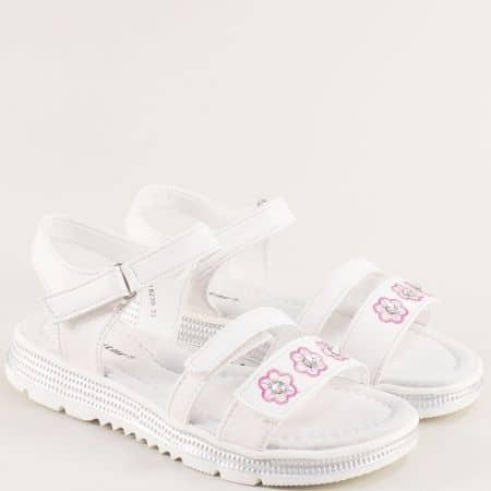 Бели детски сандали с кожена стелка и три лепки- MAT STAR 018239b