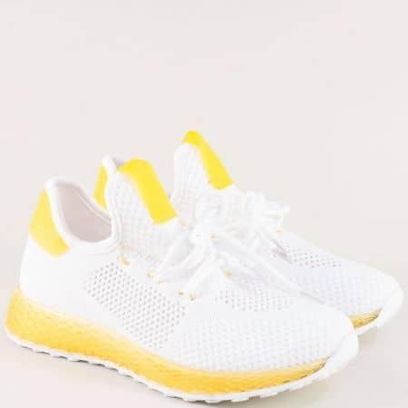 Дамски спортни обувки с връзки в жълто и бяло 02-40bj