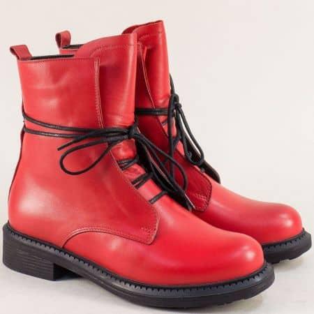 Естествена кожа дамски боти в червен цвят на нисък ток 02051200chv