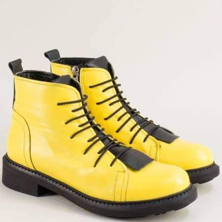 Жълти дамски боти от естествена кожа на нисък ток 02065100j