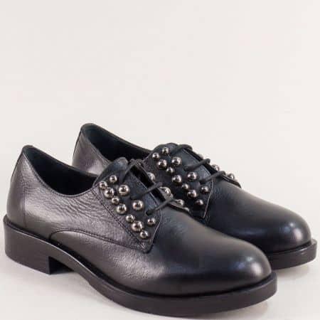 Черни дамски обувки с връзки и капси от естествена кожа 022520ch