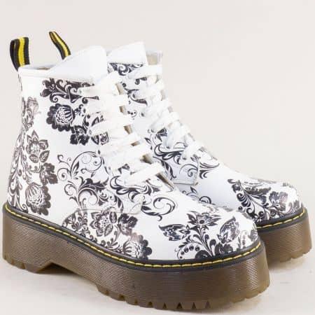 Дамски боти в бяло, черно и жълто от естествена кожа 0232105bch