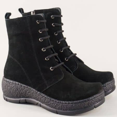 Черни дамски боти от естествен велур на платформа 0263508vch
