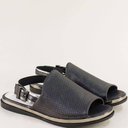 Черни дамски сандали с перлен блясък на равно ходило- MAT STAR 028638ch