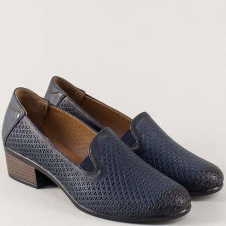 Дамски обувки на среден ток от синя естествена кожа 03510s