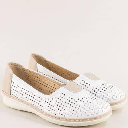 Бели дамски обувки на дупки на комфортно ходило 043049bbj