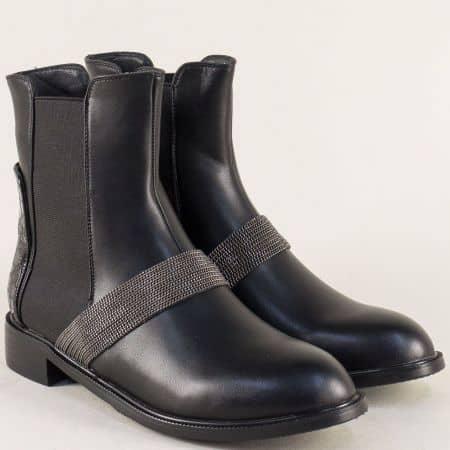 Дамски боти на комфортно ходило в черен цвят  048508ch