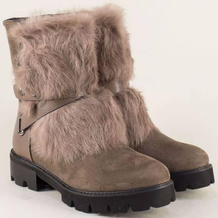 Кафяви дамски обувки с пухче на нисък ток- MAT STAR 048532k