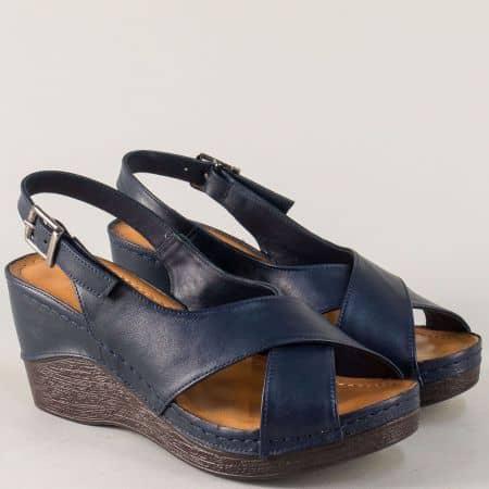 Шити дамски сандали в тъмно син цвят на платформа  04s
