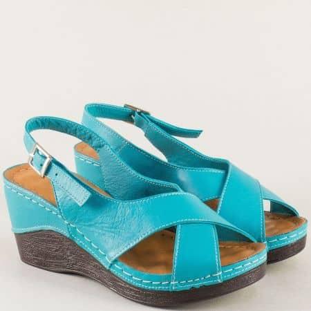 Дамски сандали на платформа в тюркоазено син цвят 04ss