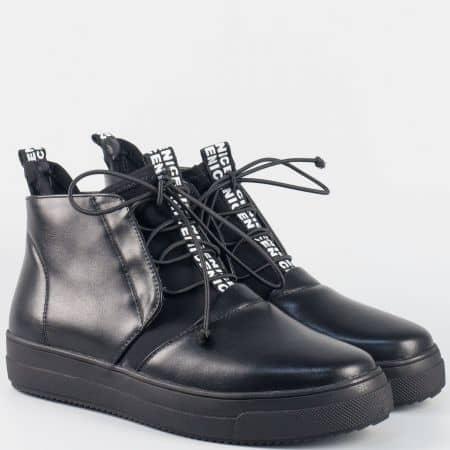 Черни дамски кецове с ластични връзки- Eliza на платформа 050091ch