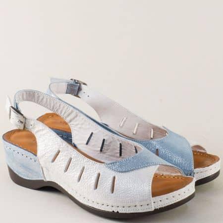 Кожени дамски сандали в синьо и бяло с перлен блясък 0502ssv