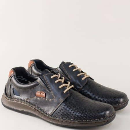 Кожени мъжки обувки с връзки и перфорация в черно 05216ch