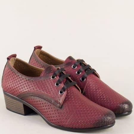 Кожени дамски обувки на нисък ток в цвят бордо 06510bd