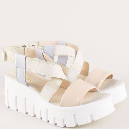 Дамски сандали на платформа в бежово, розово и синьо 070617ps