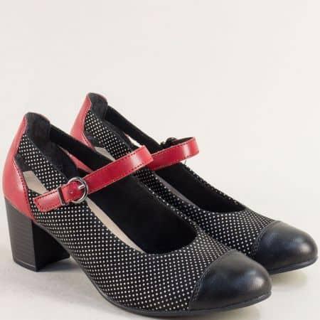 Дамски обувки в червено и черно на среден ток- REMONTE 0803ch