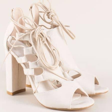 Атрактивни дамски сандали в бежово на висок ток 0812126vbj
