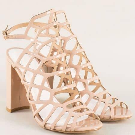 Модерни дамски сандали с каишки на висок ток в бежов цвят 081250lbj
