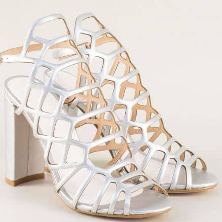 Сребристи дамски сандали на висок стабилен ток 081250sr