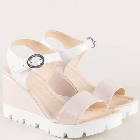 Дамски сандали на платформа в розово и бяло 100760srzb