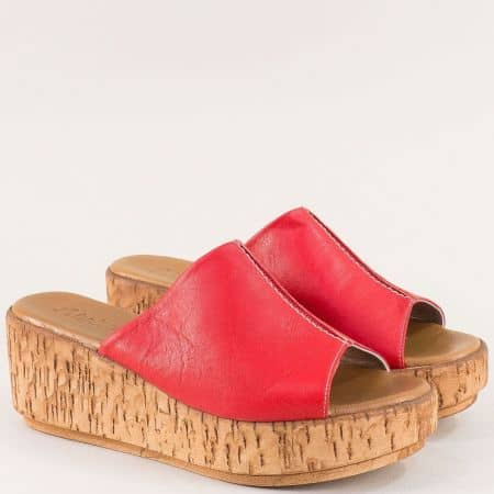 Червени дамски чехли от естествена кожа на платформа 10008chv