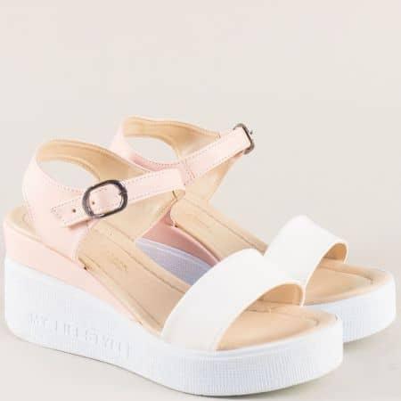 Дамски сандали на платформа в бяло и розово 100753brz