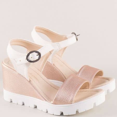 Дамски сандали в розово и бяло на платформа 100760rzb