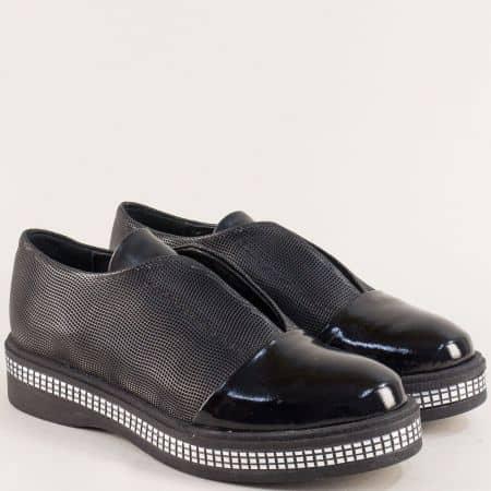 Български дамски обувки от естествена кожа и лак в черно 101343411chlch