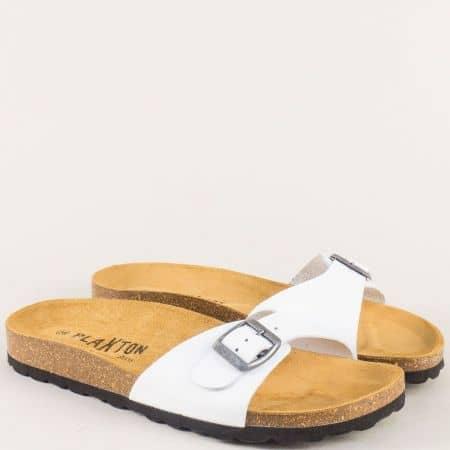 Кожени дамски чехли с анатомично ходило в бял цвят 101625b