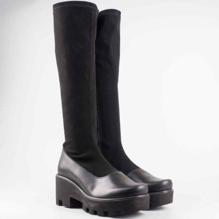Дамски ботуш в комбинация от еко кожа и стреч материал в черен цвят 1016641nch