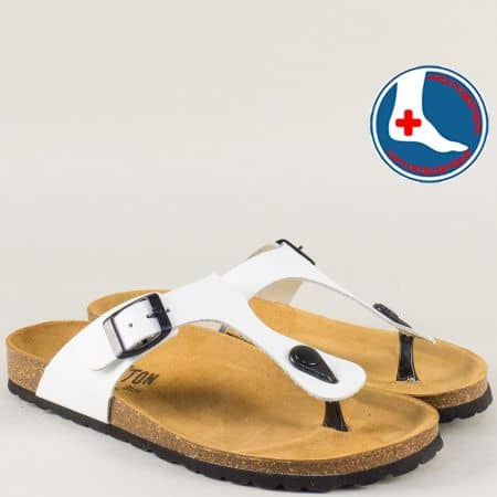 Бели дамски чехли от естествена кожа с катарама 101671b