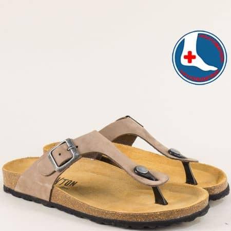 Светло кафяви дамски чехли с катарама от естествен набук- PLAKTON 101671nk