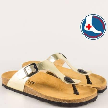 Златисти дамски чехли от естествена кожа с анатомично равно ходило  101671zl