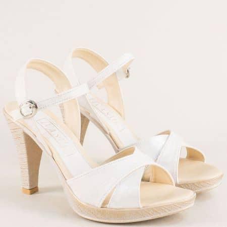 Бели дамски сандали на платформа и висок ток  10172b