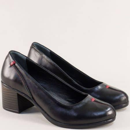 Дамски обувки в черно на среден ток от естествена кожа 105686196ch