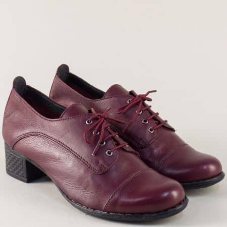 Дамски  обувки от естествена кожа в цвят бордо на среден  ток 1066983bd