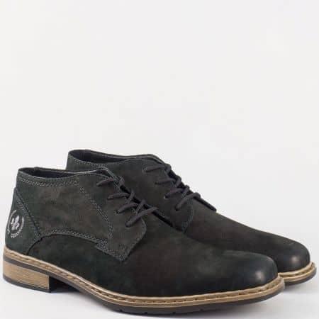 Актуални мъжки обувки с връзки от черен естествен набук- Rieker шити 10834nch
