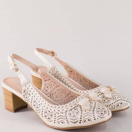 Дамски обувки на среден ток в бежов цвят 11025bj